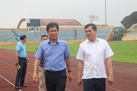 Đoàn công tác của Tổng cục Thể dục thể thao làm việc với tỉnh Nam Định về công tác chuẩn bị đăng cai tổ chức môn Bóng đá Nam - Sea Games 31 năm 2021 trên sân vận động Thiên Trường tỉnh Nam Định